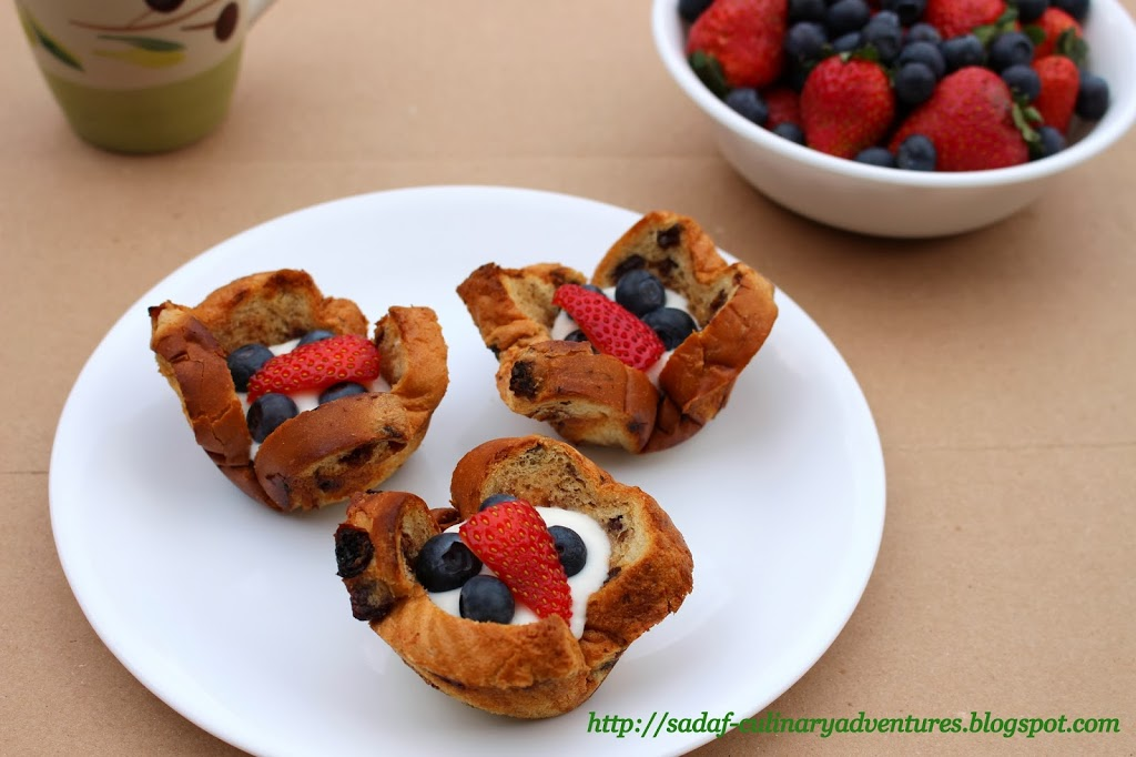 Berry Merry Breakfast Cups recipe made with Sun-Maid raisin bread